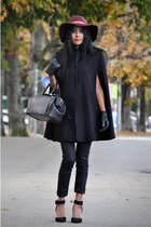 black Mango cape - black skinny H&M jeans - crimson floppy maison scotch hat