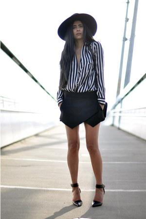 black H&M hat - black crossover Zara bag - black Zara skirt