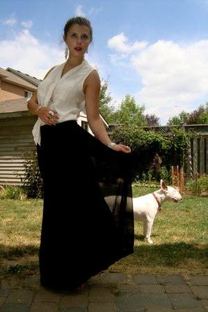 black silk chiffon Gap skirt - off white sleeveless Gap blouse
