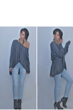 gray own design accessories - gray H&M sweater - blue Vero Moda jeans - gray Tim