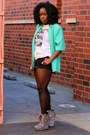 T-shirt-target-shoes-mint-green-thrifted-blazer