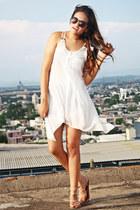 white Guadalajaras Street dress - brown Oh my Store sunglasses