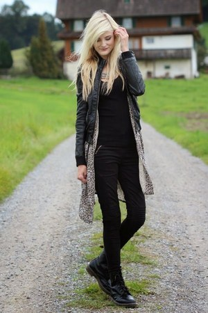 black boots - heather gray free people cardigan