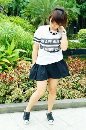 black Tomato shoes - black thrifted skirt - white SM top