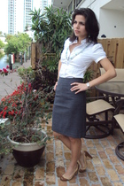 white banana republic shirt - silver banana republic skirt