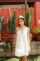white dress - ivory hat