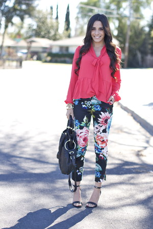 black strappy Target sandals - turquoise blue floral trouser hm pants