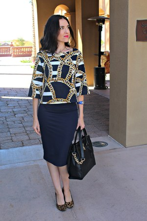navy pencil Zara skirt - black satchel Michael Kors bag - navy crop H&M top