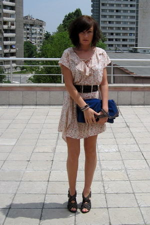 white Mango dress - black Zara shoes - black Mango belt - blue Zara accessories