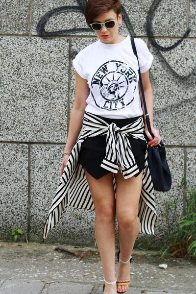 white River Island t-shirt - black Zara shorts