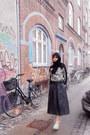 Black-future-fabric-sweater-black-cotton-vintage-scarf