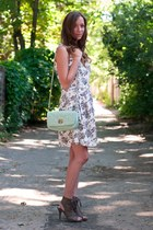 white artsy closet dress - aquamarine Forever 21 bag