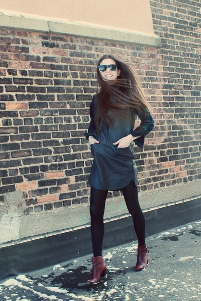 black leather Rebecca Taylor dress - crimson Zara boots