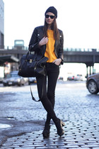 black Zara jeans