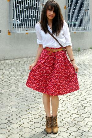 Bershka shirt - vintage skirt - Zara boots - vintage accessories