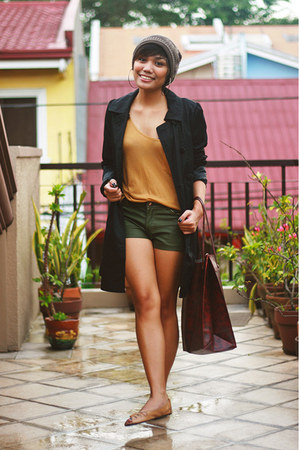 army green faux leather What A Girl Wants shorts - black H&M coat