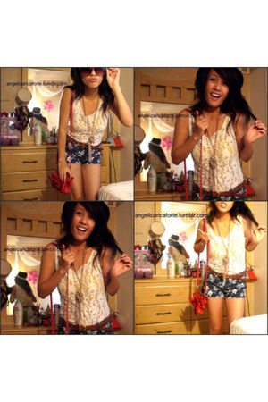 white Urban Outfitters top - Forever 21 shorts - Forever 21 necklace - red Forev