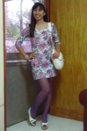 bubble gum dress - ivory bag - white wedges - light purple stockings - bubble gu