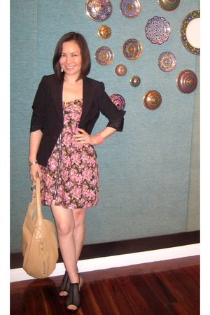 g2000 blazer - Pink Manila dress - Parisian shoes - Cole Haan accessories - JDH