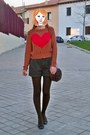 Dark-brown-mulaya-tights-dark-brown-luxurissime-bag-dark-brown-mango-shorts
