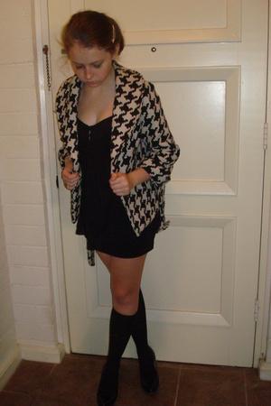 forever 21 jacket - Juicy Couture blouse - American Apparel skirt - Gap socks