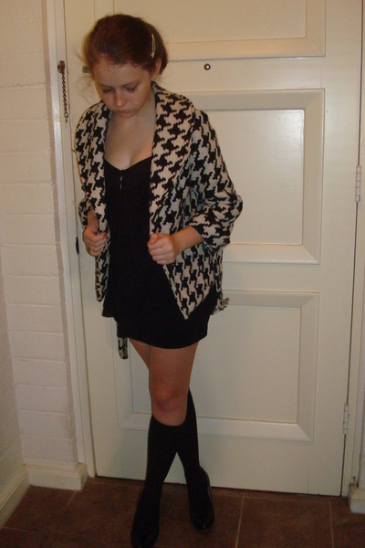 forever 21 jacket - Juicy Couture blouse - American Apparel skirt - Gap socks