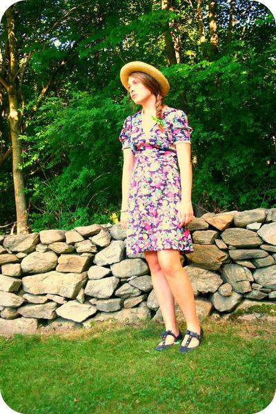 black 70s vintage dress - black Anthropologie shoes - beige thrifted hat