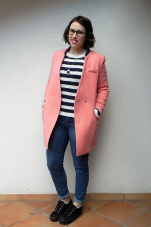 salmon wool OASAP coat - black asos shoes - blue denim ovs jeans