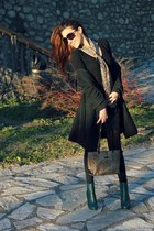 black Gucci sunglasses - forest green H&M boots - scarf - rosetti bag
