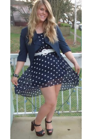 black chunky H&M bracelet - black Aldo shoes - navy polkadot Qed London dress