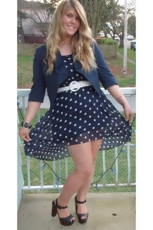 black chunky H&M bracelet - black Aldo shoes - navy polkadot Qed London dress