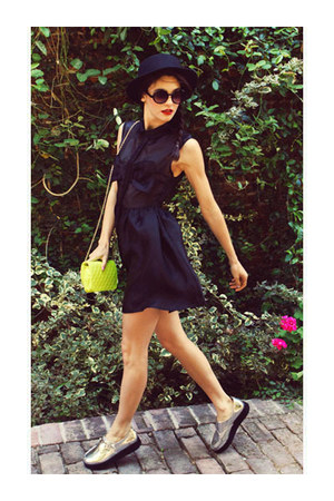 bag - dress - bow panama hat hat - sunglasses - flats