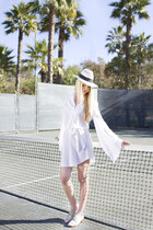 Eric Javits hat - Robert Clergerie shoes - Diane Von Furstenberg dress