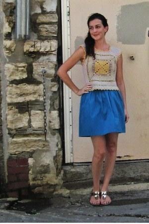 blue bubble Kimchi Blue skirt - yellow crochet vintage top