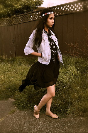 black Forever 21 skirt - light blue hollister jacket - nude cotton on flats