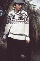 H&M Trend hat - Zara sweater - Esprit bag - Latitude pants