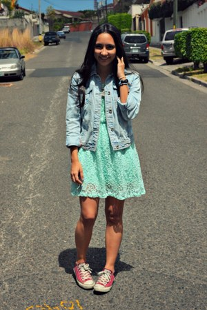light blue lace Forever21 dress - sky blue jean Zara jacket