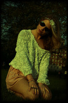 white American Apparel sweater - neutral H&M shorts - black Ray Ban sunglasses
