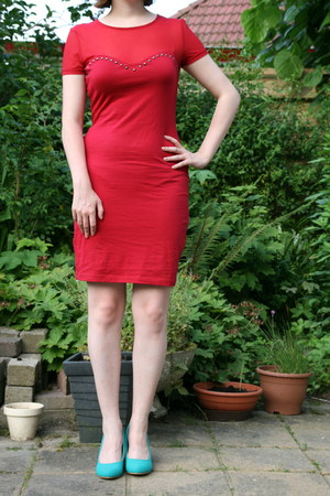 red red dress H & M dress - turquoise blue Scapino pumps
