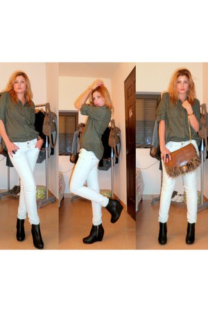 dark brown pull&bear bag - black H&M boots - ivory pull&bear pants