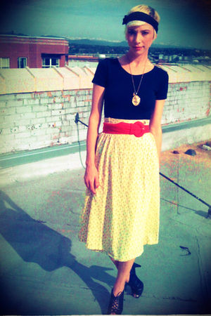 yellow thrifted ll bean skirt - red thrifted belt - black thrifted danskin intim