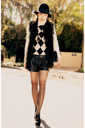 INCinternational vest - Zara shorts - vintage sweater - Forever 21 heels - Chane