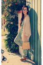 Jeffrey Campbell shoes - H&M sweater - thrifted vintage bag - Zara jumper