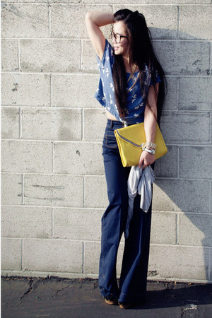 H&amp;M top - wide legs H&amp;M jeans - yellow clutch asos bag - golden D&amp;G watch