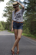 brown second hand shoes - blue unknown brand jeans - black GINA TRICOT blouse -