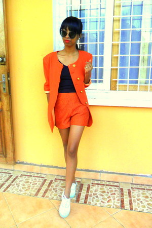 carrot orange blazer - carrot orange lace shorts - light blue sneakers
