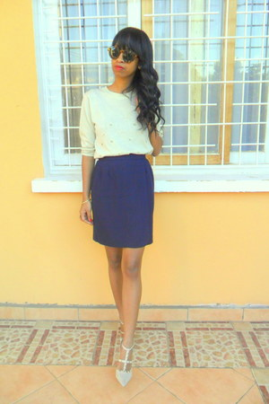 navy skirt - eggshell valentino like shoes - off white blouse