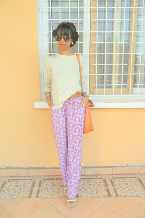 cream sweater - orange bag - magenta floral pants - sandals