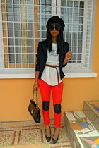 red Skinny jeans - black Missing Dorothy jacket