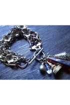 Harlow-in-chains-bracelet